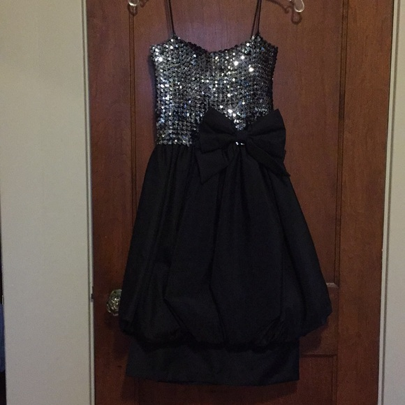 Dresses & Skirts - Vintage 1980s Sequined Party Dress - Perfection!